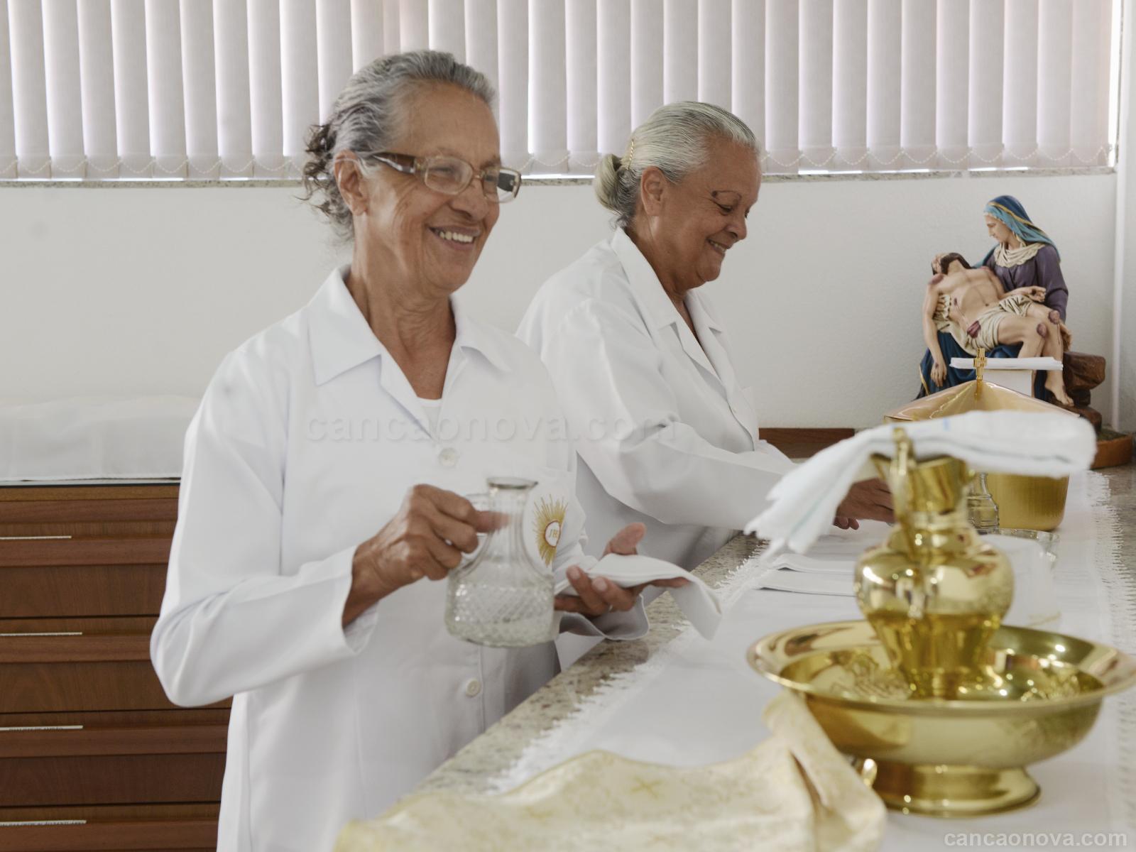 formacao_o-servico-na-igreja-necessita-de-doacao-do-nosso-tempo-artigo.jpg