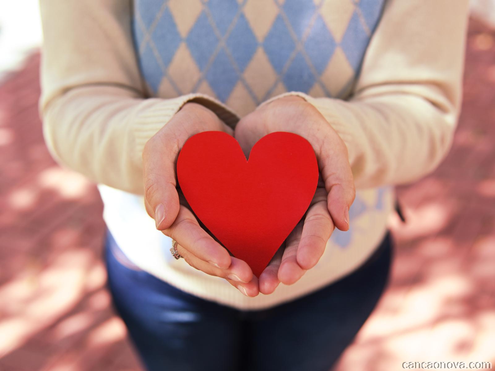 Como olhar a outra pessoa com o coração?