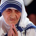 Santa Teresa de Calcutá: a personificação da caridade