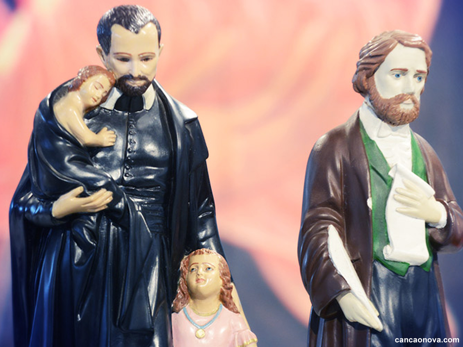 Porque cultuar os santos - 1600x1200