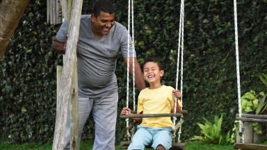 Como educar um filho para não se tornar um adulto agressor?
