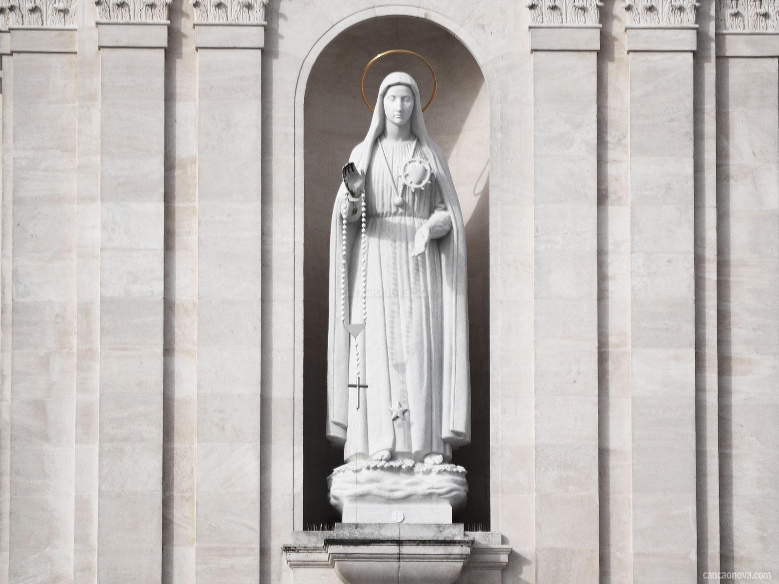 A-Igreja-servidora-escolheu-Maria-como-referência-de-caridade