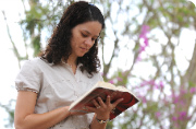 Ler e meditar a Bíblia