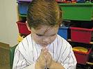 Como ensinar as crianças a rezar!