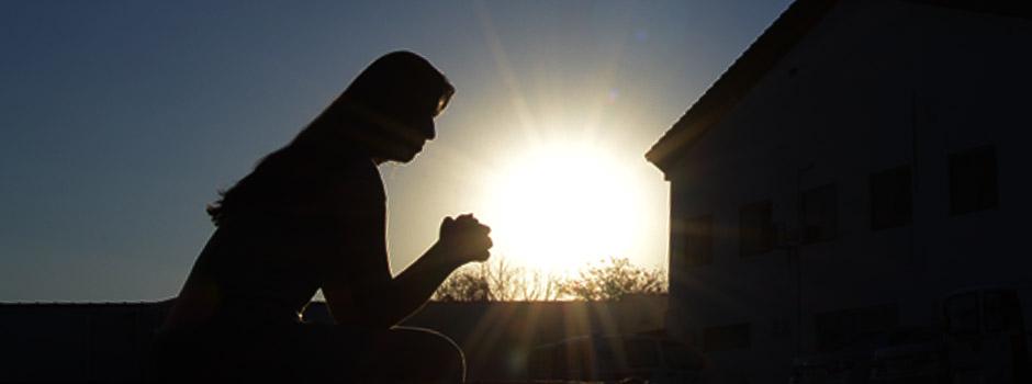Oração é uma arma para destruir fortalezas