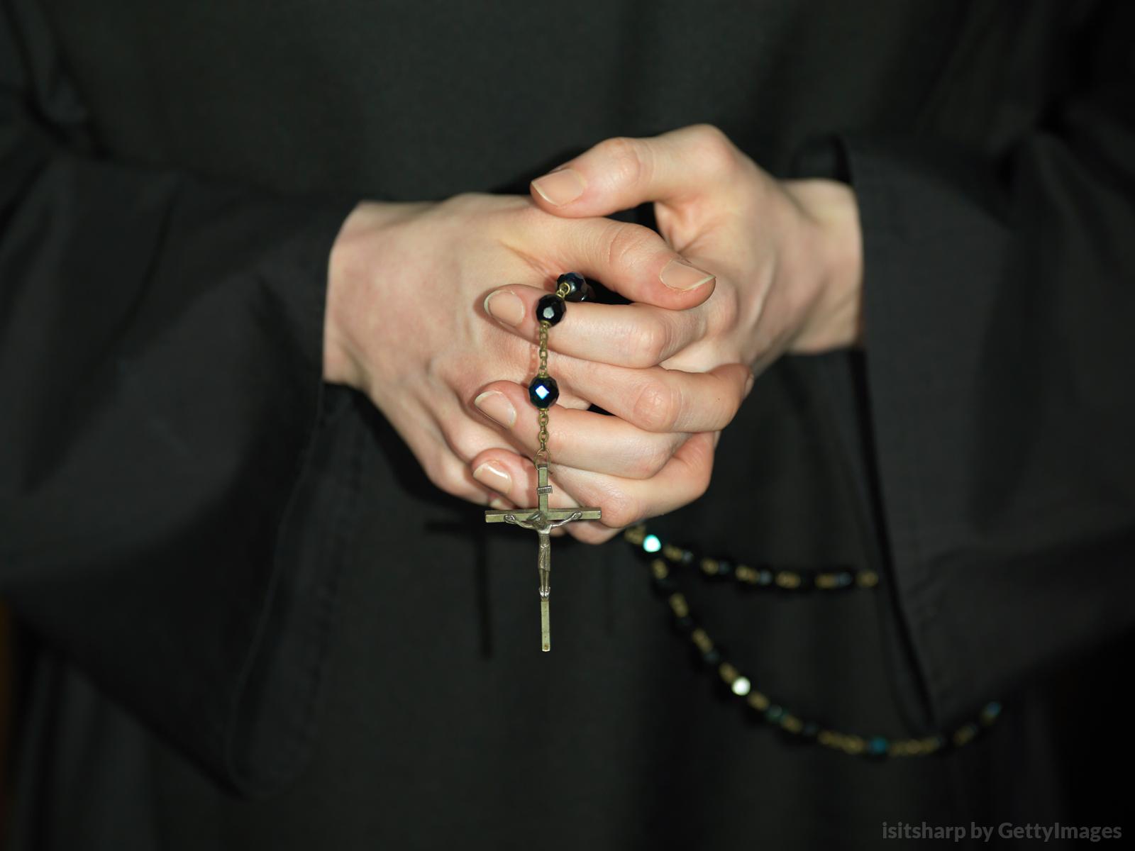 Resultado de imagem para religiosa moça