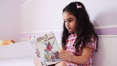 Como incentivar as crianças a gostarem da Palavra de Deus?