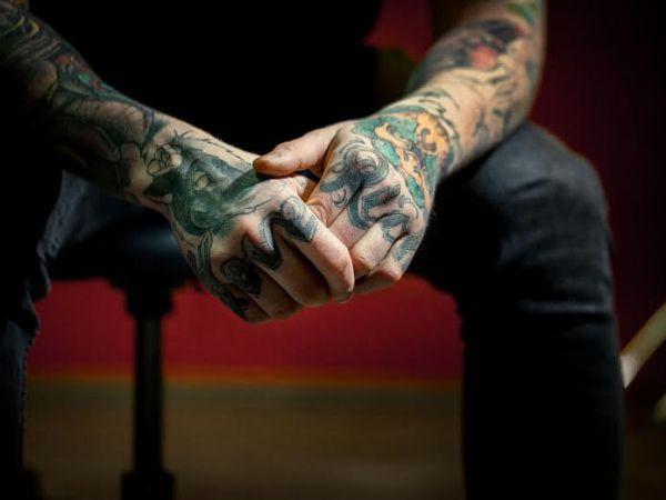 Piercing e a tatuagem no corpo de um cristão