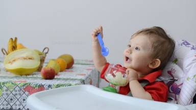 Quais os cuidados com a alimentação das crianças?