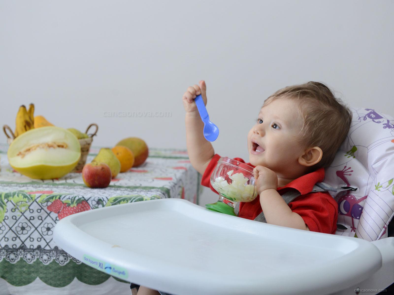 Quais os cuidados com a alimentação das crianças