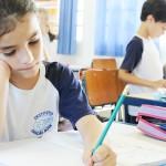 Como ajudar o filho adaptar-se à nova escola
