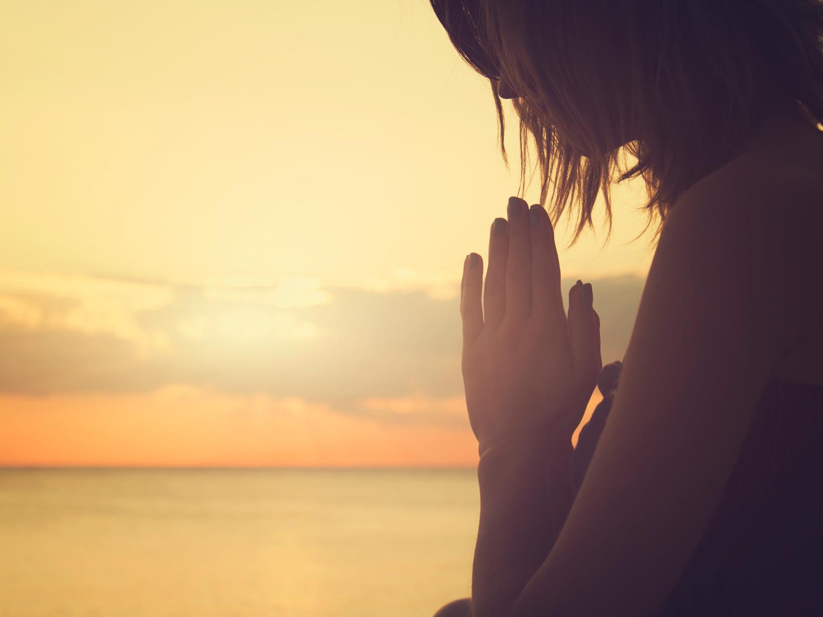 O que preciso para ser uma mulher de fé - 1600x1200