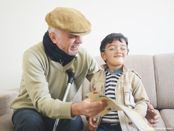 A influência dos avós na educação dos netos - 1600x1200