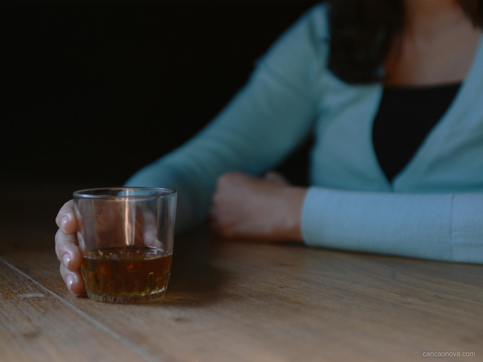 As consequências dos 20 anos de alcoolismo em minha vida -
