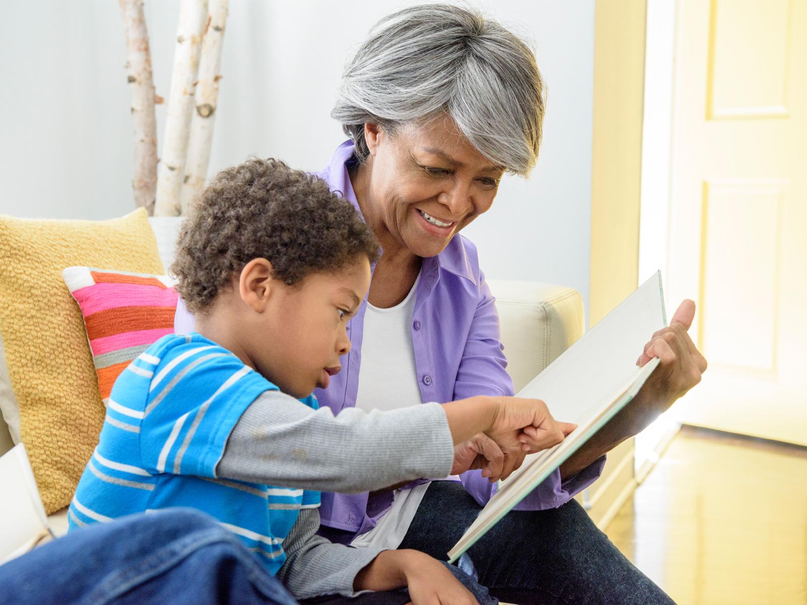 -Os-avós-podem-ter-grande-influência-na-educação-dos-netos-