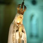 Oração: Maria, passa na frente