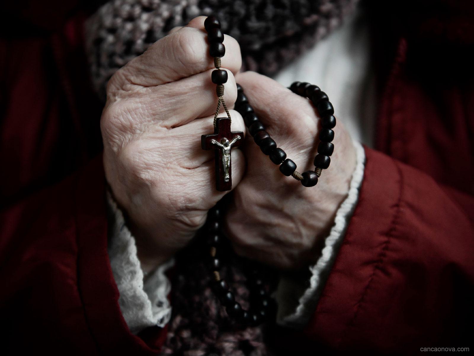 1600x1200-Como-rezar-o-santo-terço