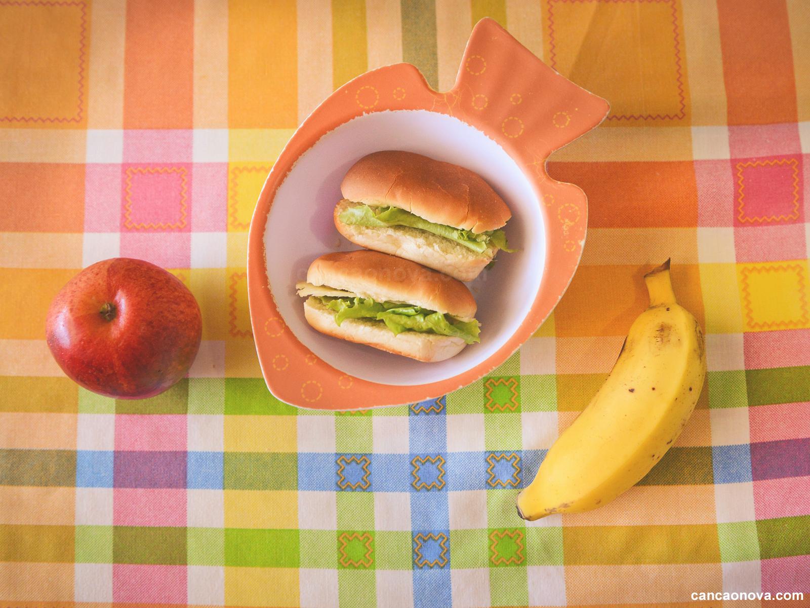 Quais alimentos usar no lanche do meu filho - 1600x1200