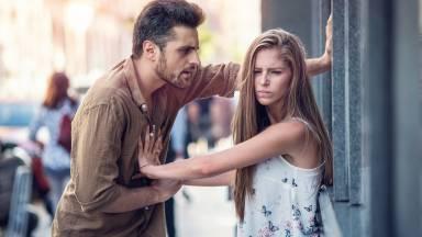 Como combater a violência psicológica?