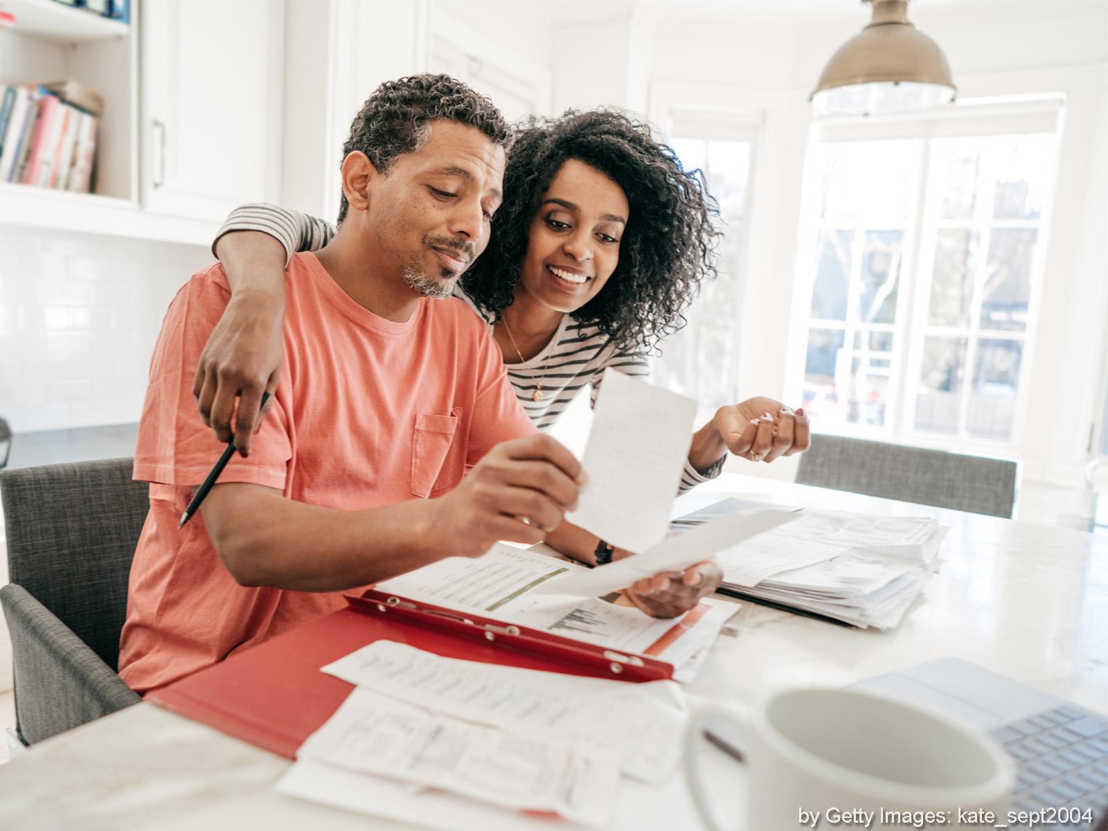 Resultado de imagem para questão financeira do casal casal
