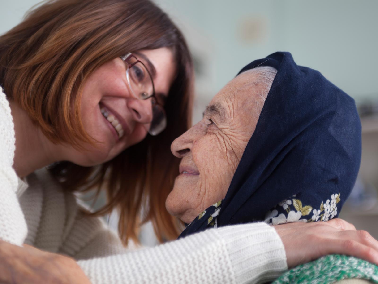 Como cuidar dos idosos