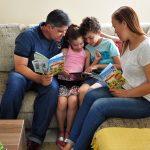 Como os pais podem auxiliar na alfabetização dos filhos