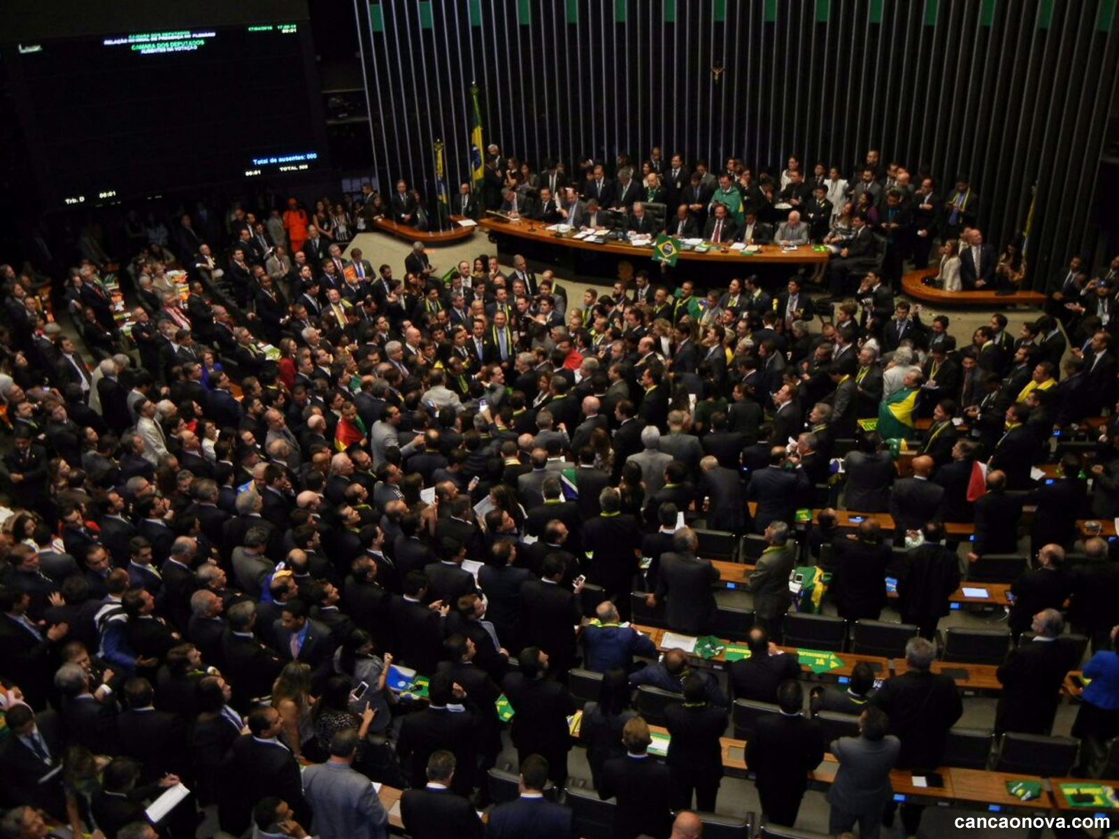 Debate sobre a emenda constitucional no Brasil