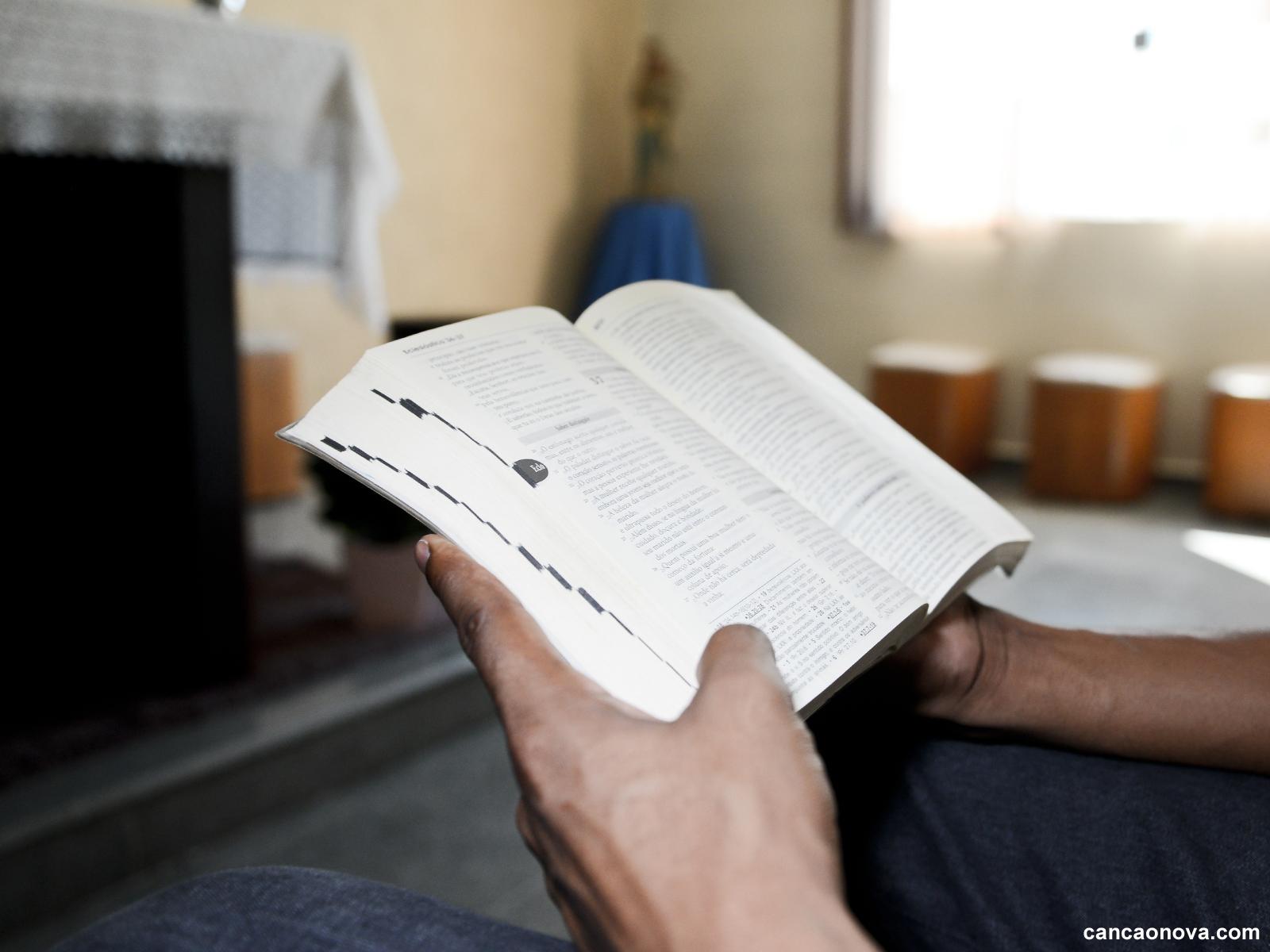 Aprenda o sentido do jejum descrito na Bíblia