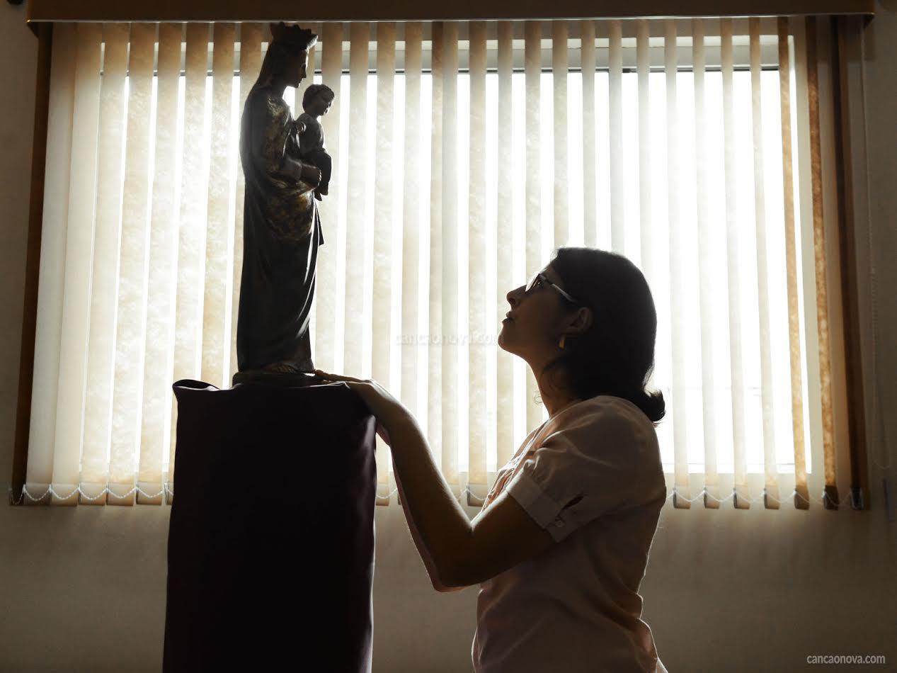 Adoração, devoção e veneração, tem diferença