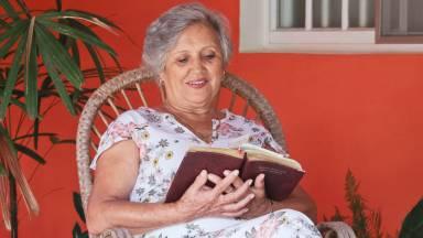 Características de algumas mulheres virtuosas da Bíblia