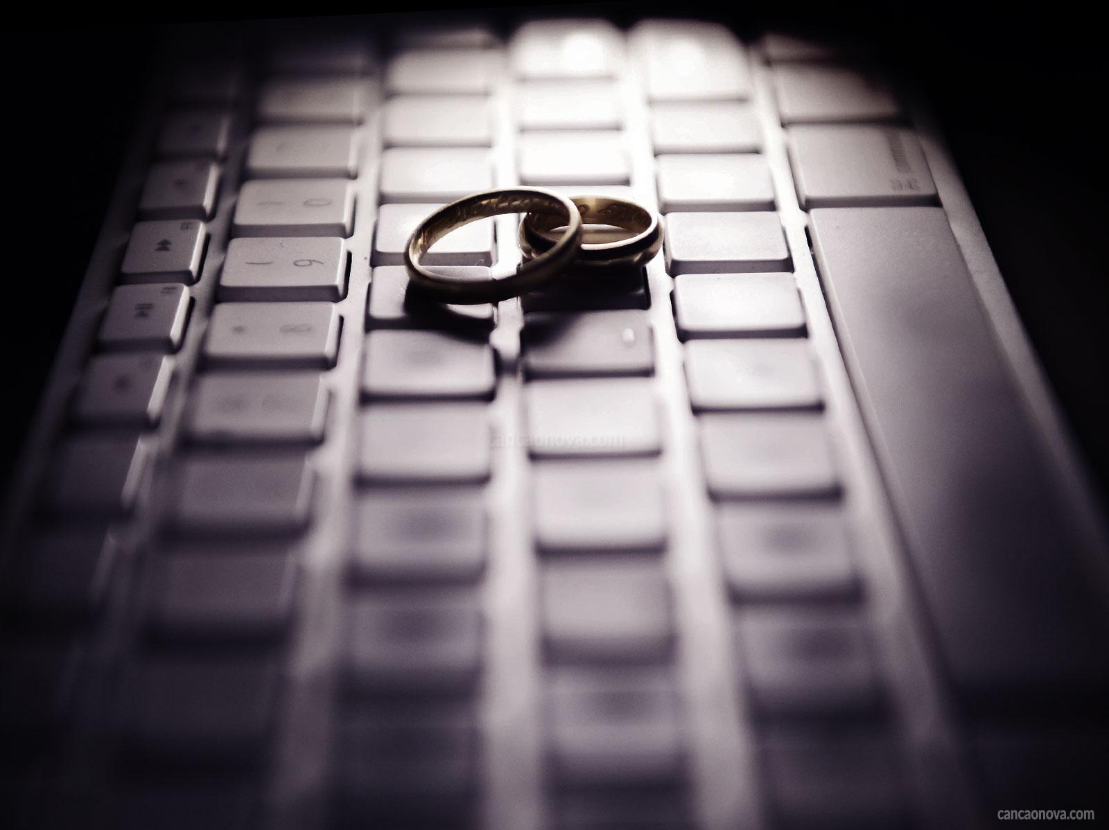 Adultério virtual: um perigo para o relacionamento