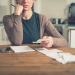 -Dificuldade-financeira-o-que-devemos-cortar-em-tempo-de-crise