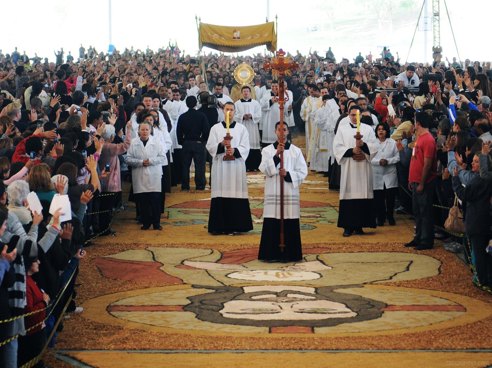 Conheça a história da Festa de Corpus Christi 2