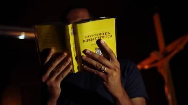 Por que devo estudar o Catecismo da Igreja Católica?