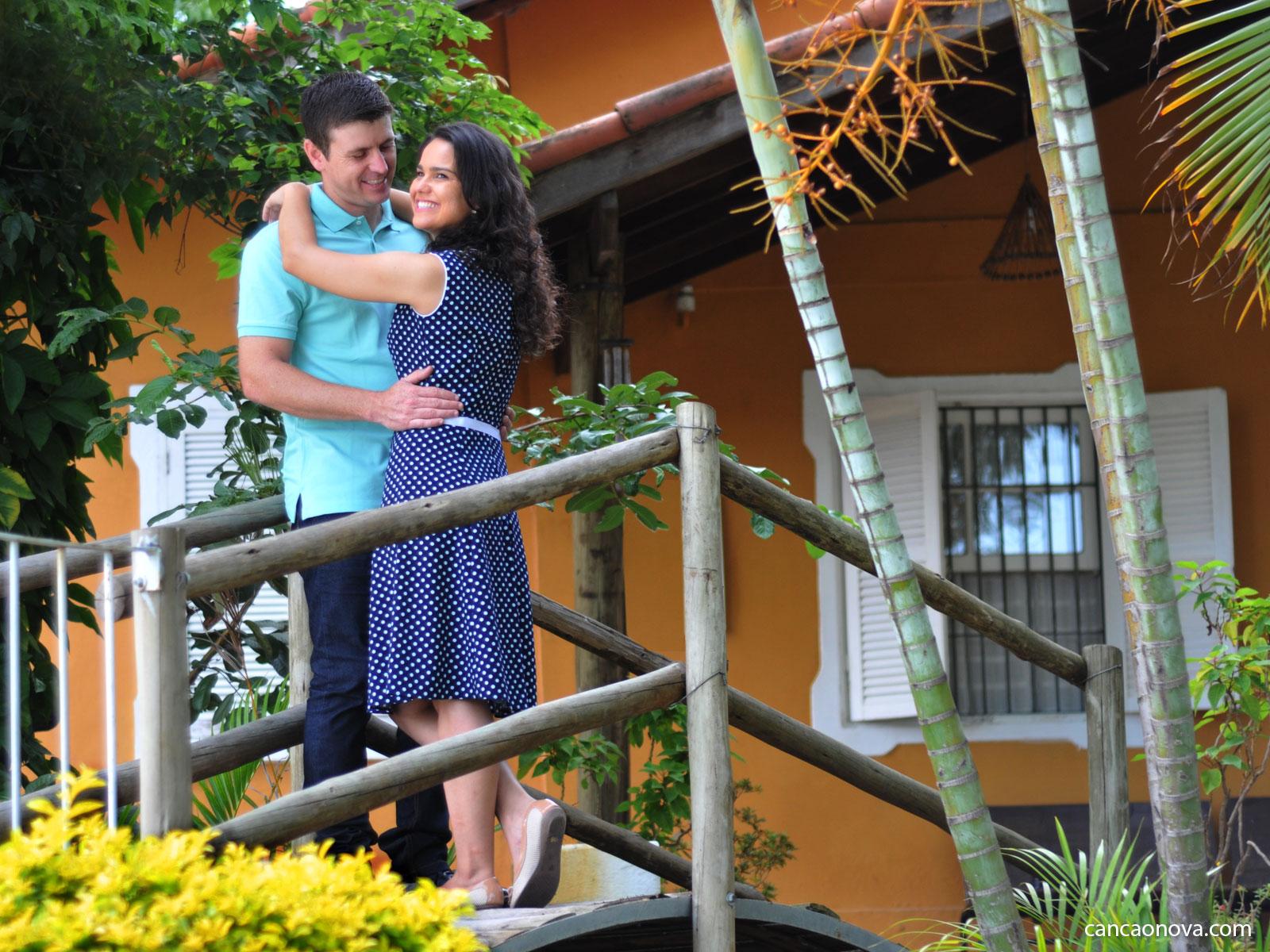 Namorar ou ficar qual é a melhor escolha para um bom relacionamento