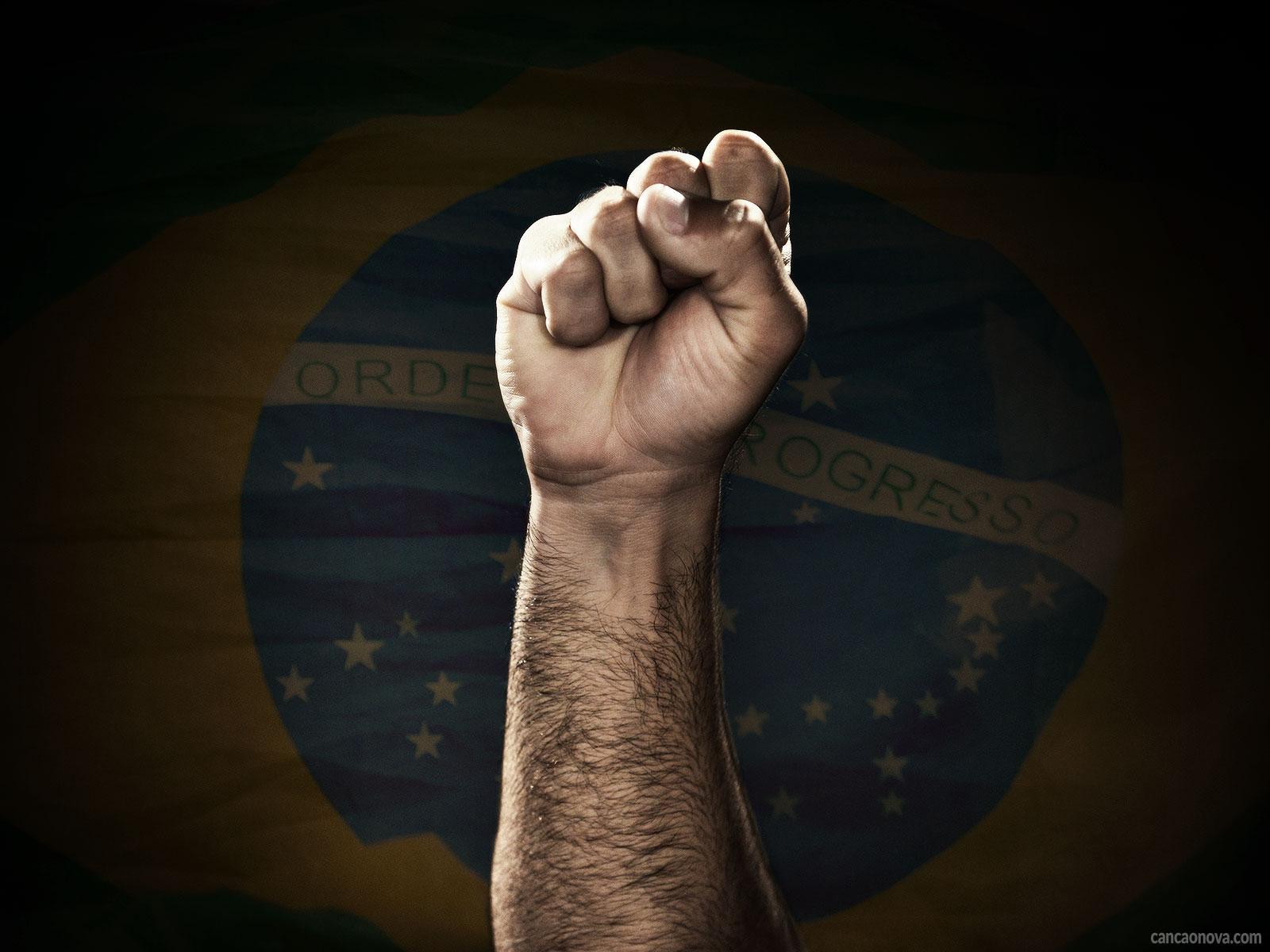 -Realidade-brasileira:-poucos-aceitam-abrir-mão-e-abrir-a-mão-