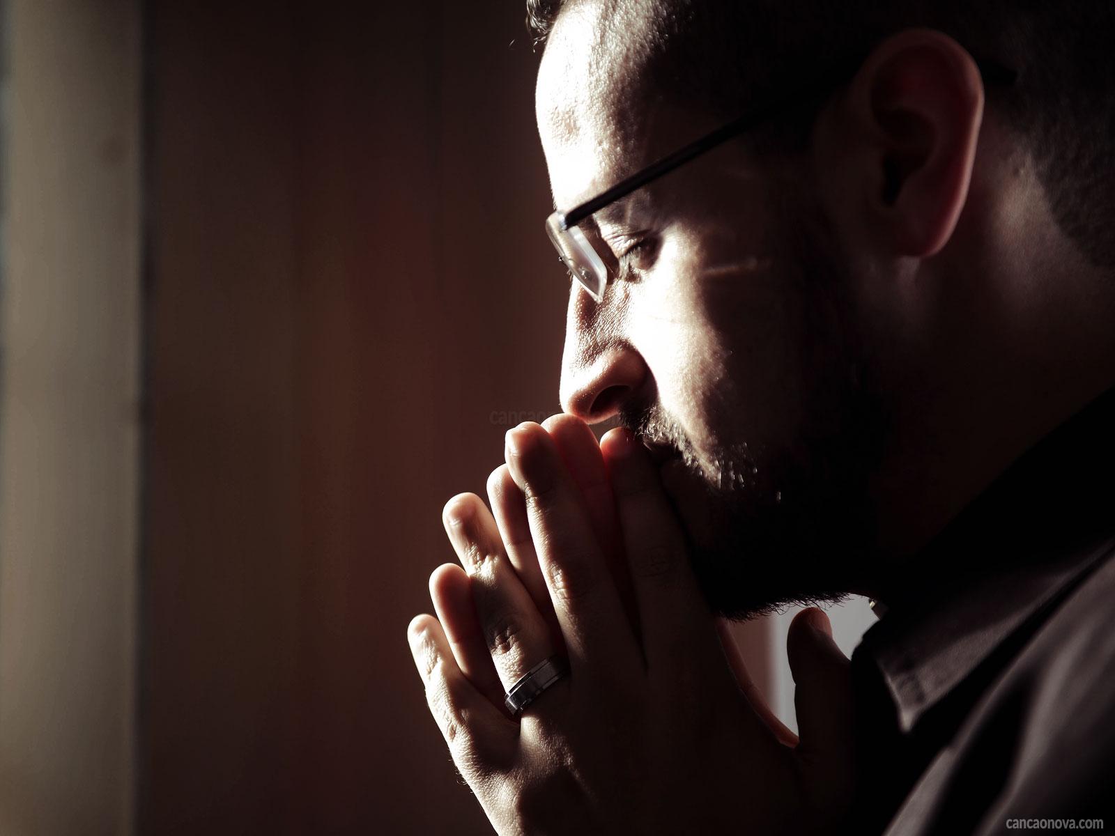 -Sou-feliz-na-minha-vocação-e-chamado-ao-sacerdócio