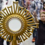 Testemunho-um-milagre-atribuído-a-Jesus-Sacramentado