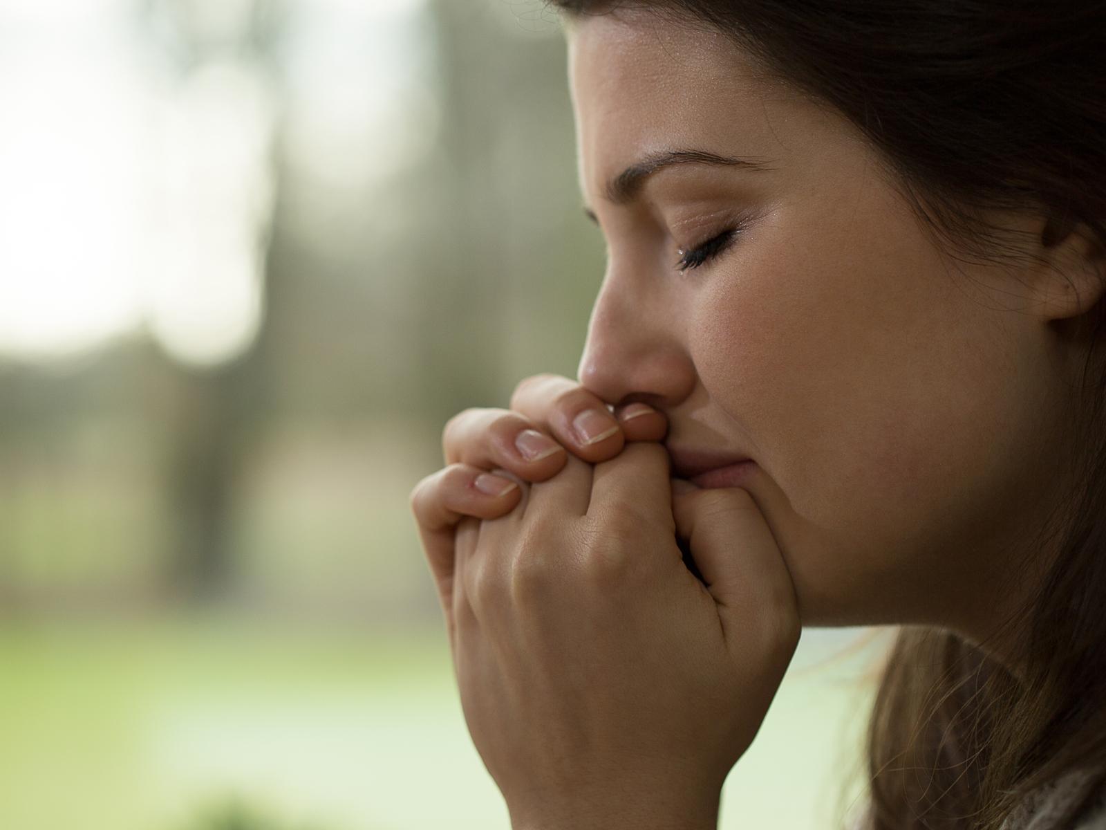 O Poder Da Mulher Que Reza Quando Sofre A Traição