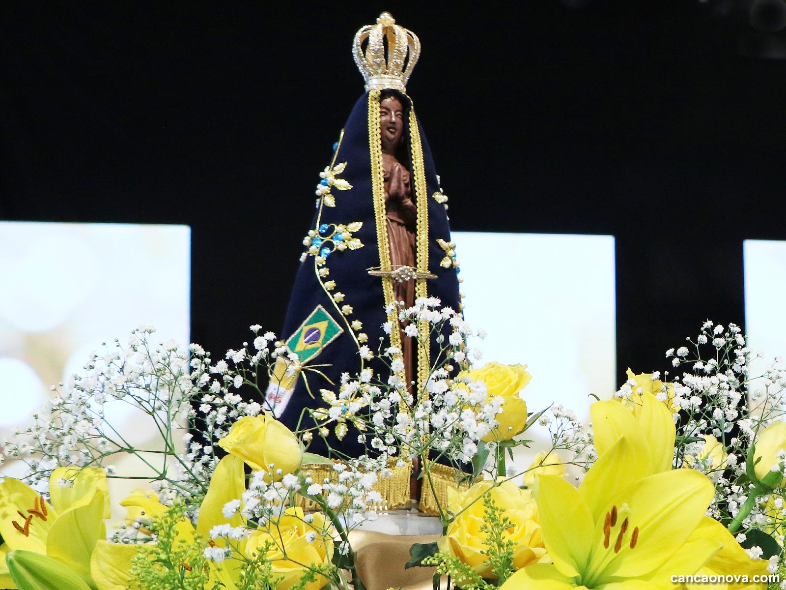 Por que Nossa Senhora é mãe da Igreja