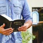 Como viver bem o mês da Bíblia?