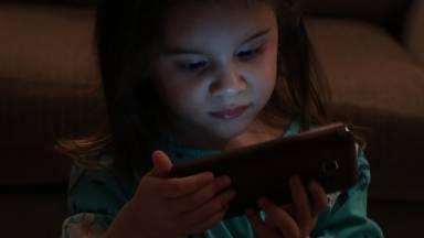 O mal dos eletrônicos no desenvolvimento dos filhos