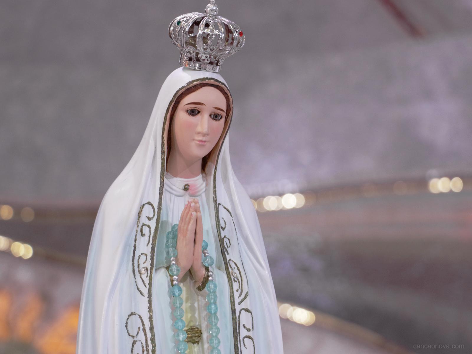 O nome de Maria é doce e suave aos seus devotos-