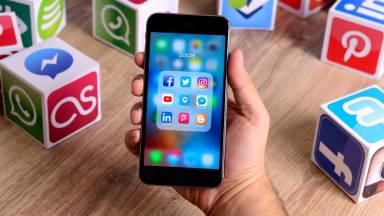 Como lidar com o bombardeio de informações nas mídias sociais?