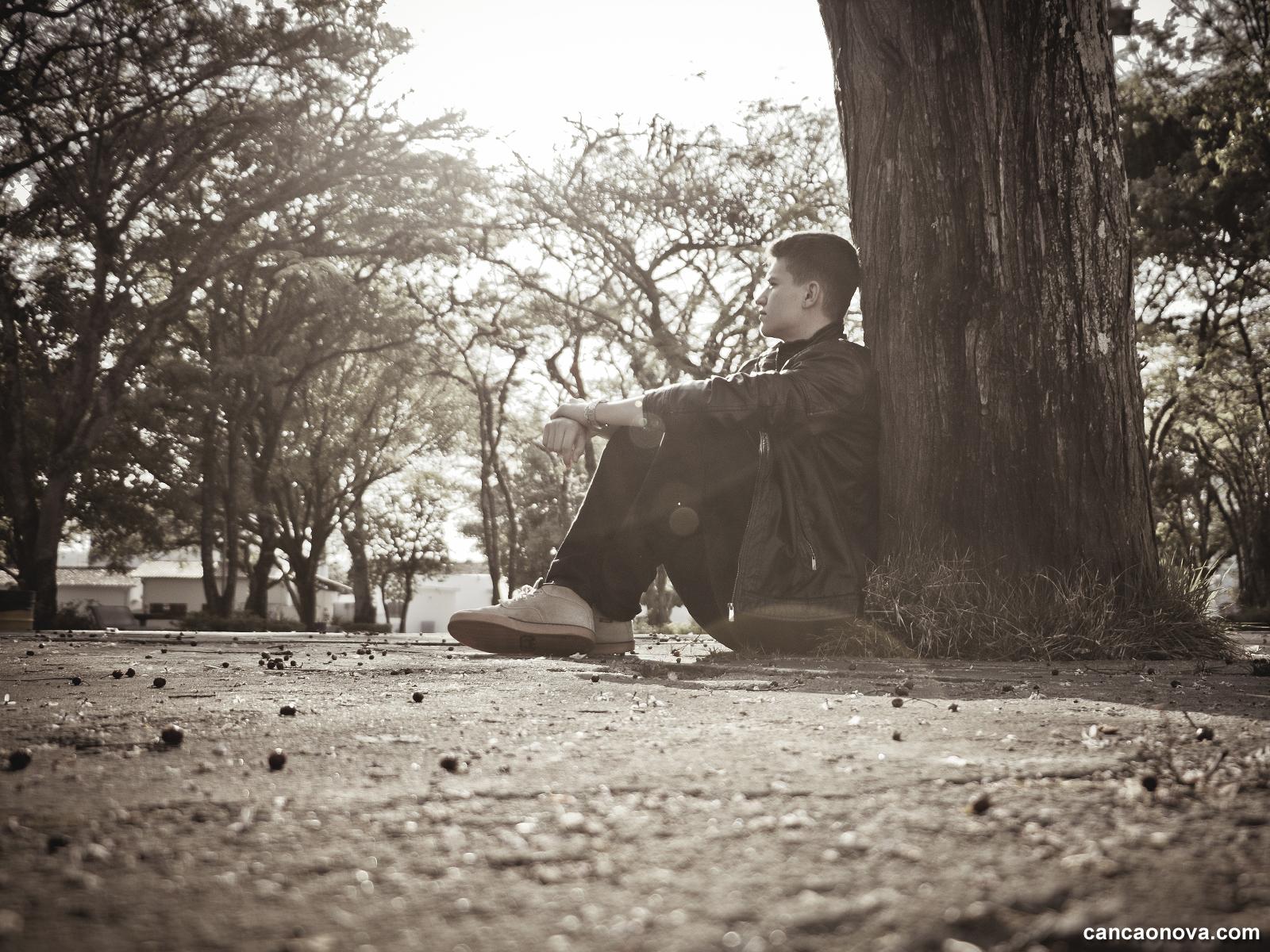 Rezemos e peçamos a cura pelos traumas da adolescência