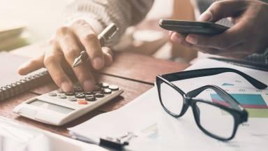 Como posso ter equilíbrio financeiro no fim do ano?