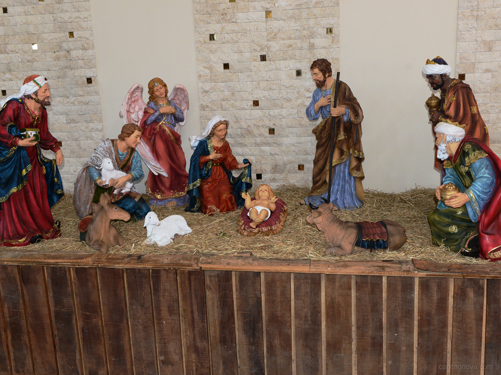 Monte o presépio em seu coração e celebre o nascimento de Jesus