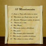 Os dez mandamentos em perguntas simples e diretas-