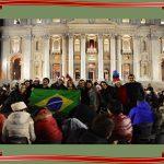 União e alegria na noite de Natal em família_14
