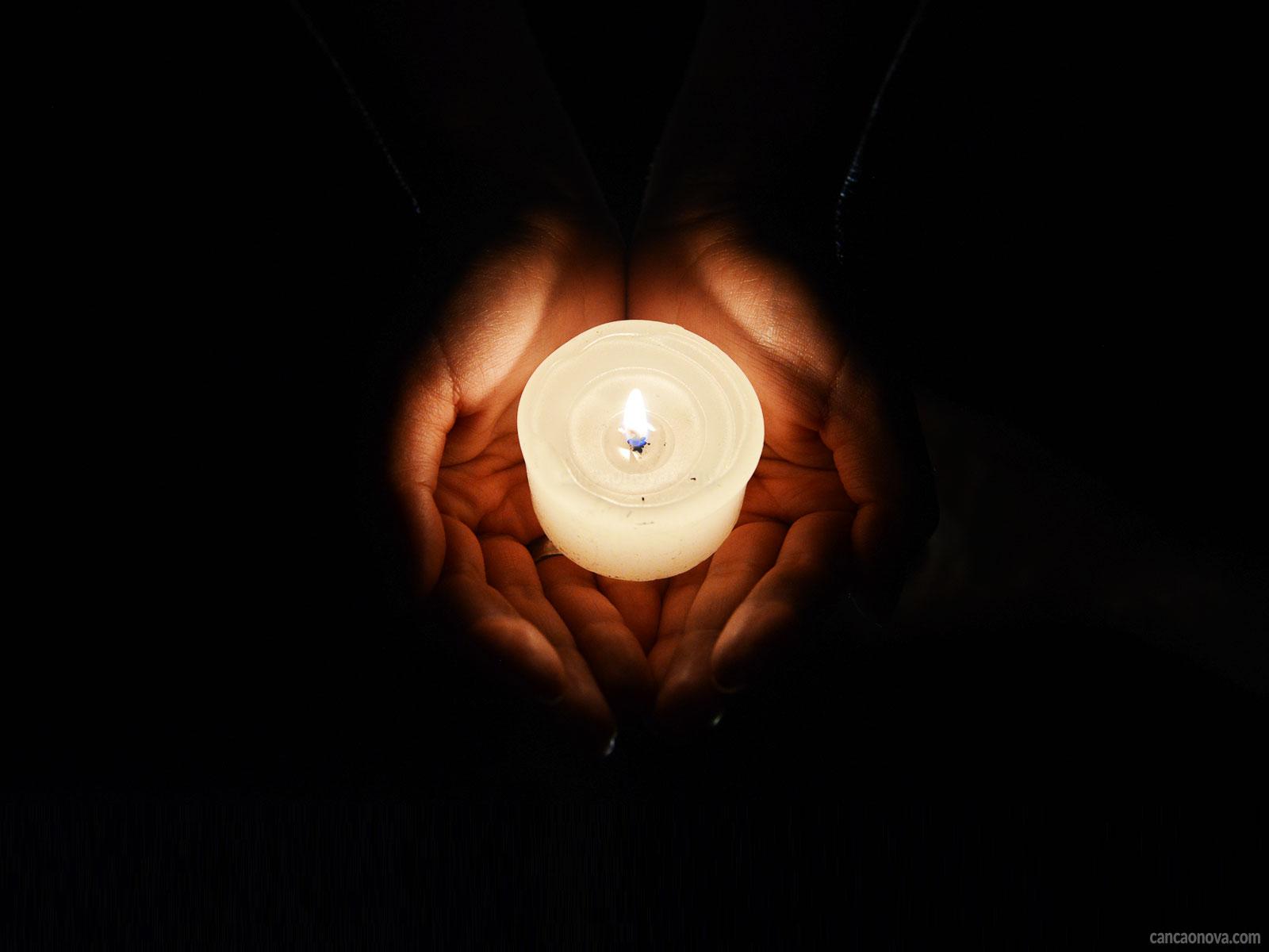 -O-consagrado-a-Deus-deve-ser-reflexo-da-Luz-neste-mundo